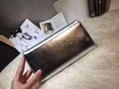 CHANEL香奈兒包包:商品編號:77033712  💰7600 Ohanel香奈兒春夏新款羊皮拼色雙C 大LOGO 二折款錢包  -  6.jpg