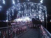 晚餐後逛新北市政府廣場:燈海