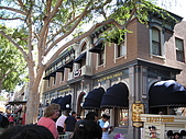98.7.12 In LA~ Disneyland:IMG_4764.JPG