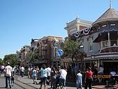 98.7.12 In LA~ Disneyland:IMG_4786.JPG