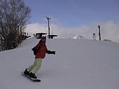 20060225~3/3日本志賀高原:這張拍得好帥..我喜歡