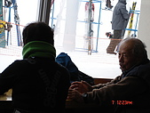 2006年2月6日苗場:ㄛ吉桑在日本雪場很常見