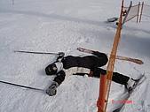 2006年2月6日苗場:初學者在雪場第一天摔成這樣也是常有的事