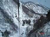 2006年2月6日苗場:纜車垂直向下像在坐雲霄慢車