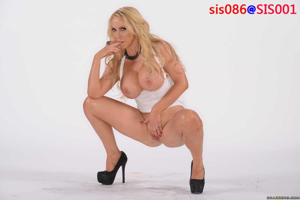 Nikki Benz 9