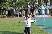 2009.10.28.壘球擲遠:IMG_0045.JPG