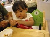 天母‧Baby cafe親子餐廳20110703(日):(2T2m11d)20110703天母‧Baby cafe親子餐廳IMG_0215.JPG