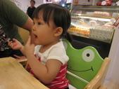 天母‧Baby cafe親子餐廳20110703(日):(2T2m11d)20110703天母‧Baby cafe親子餐廳IMG_0221.JPG