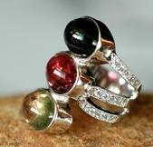 艾文拍的美美水晶:三色碧璽戒指