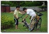 天使‧天堂:腳踏車掉鏈子啦?哥哥幫你修