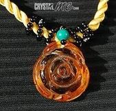 艾文拍的美美水晶:金黃澄透的黃水晶玫瑰墬子,嫵媚精緻!