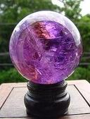 艾文拍的美美水晶:紫水晶球