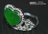 艾文拍的美美水晶:皇冠般造型的玻璃種翡翠戒指,貴氣不老氣