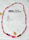 艾文拍的美美水晶:,珠珠由大到小如彩虹般多變的碧璽珠珠,真讓人很想咬一口!