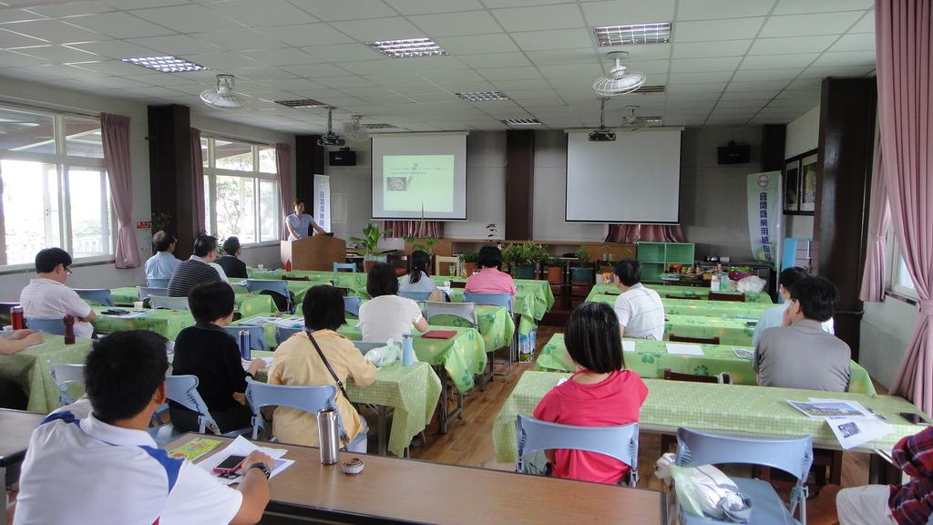 2014年6月13日宜蘭縣蘭陽技術學院化妝品應用系到大安藥園休閒農場進行參訪活動:DSC05013.JPG
