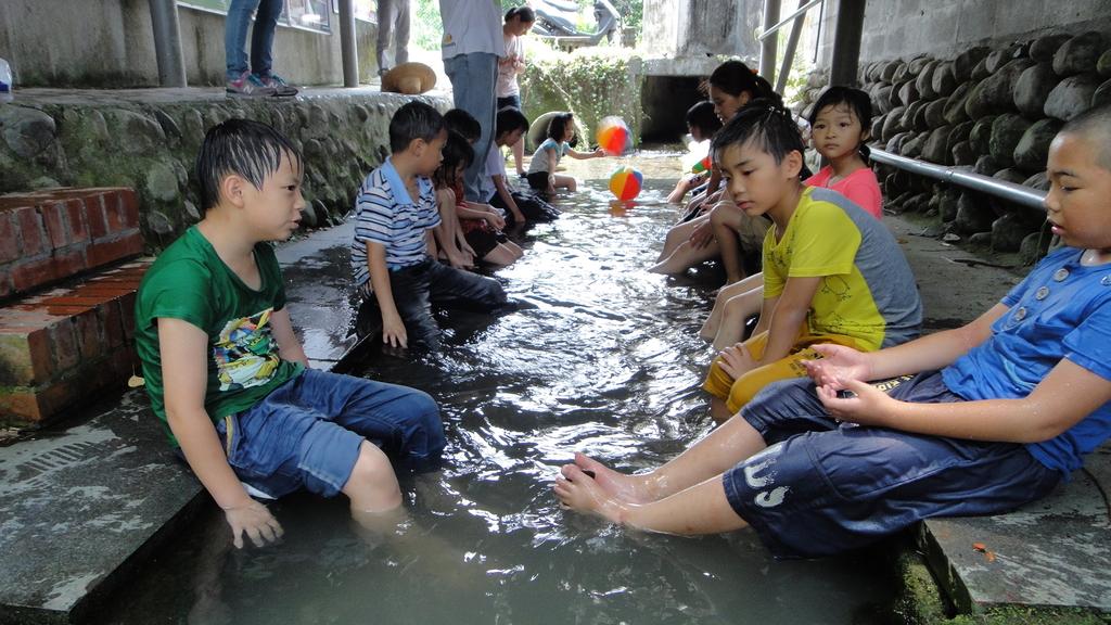 2014.07.09私立瑪侍德文理短期補習班到大安藥園休閒農場進行暑期夏令營一日遊:DSC05626.JPG