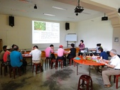 陳淑良老師於6/18到頭城農場為農場解說員講解藥草功效:DSC06071.JPG