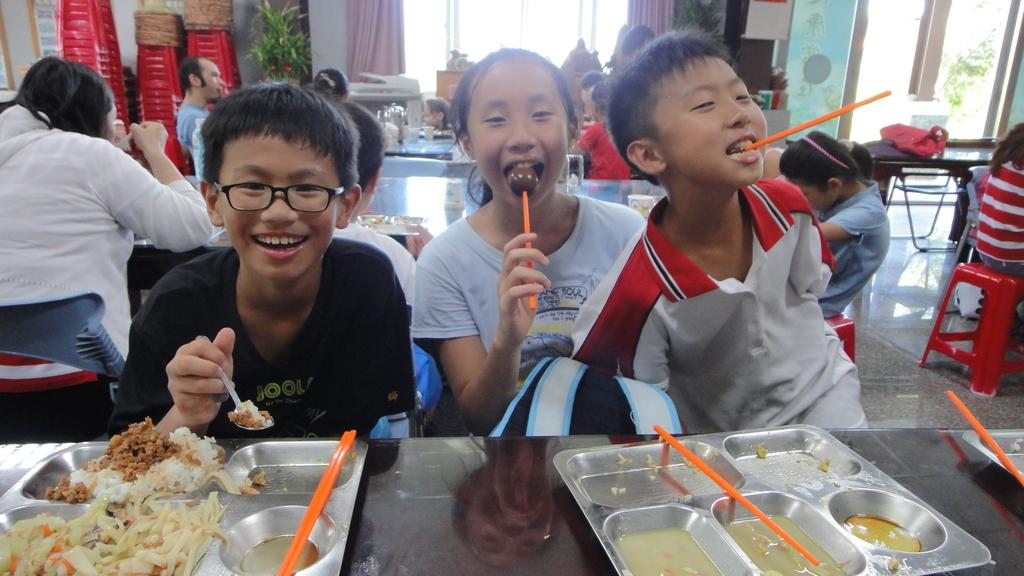 103年7月29日羅東格林美語補習班到大安藥園休閒農場進行戶外教學活動:DSC06125.JPG