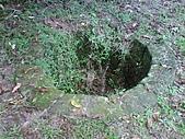 08-11-19基隆中正公園小遊:這個應該是古井吧?