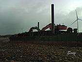 10-10-11 苗栗後龍 貝殼山、海角樂園、福寧海邊:福寧海灘的工作平台