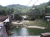09-08-26平溪孝子山、嶺腳觀景亭、十分眼鏡洞:觀瀑吊橋和眼鏡洞瀑布