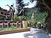10-08-03 烏來碧潭:勇士廣場
