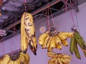 2010.09.14 in 馬來西亞:004小香蕉是吃的.jpg