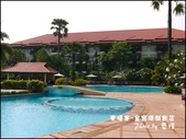 2011.04.10~11 柬埔寨&胡志明市:01-010-柬埔寨皇宮渡假飯店泳池.jpg