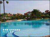 2011.04.10~11 柬埔寨&胡志明市:01-011-柬埔寨皇宮渡假飯店泳池.jpg
