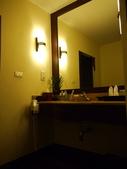 2011.04.10~11 柬埔寨&胡志明市:01-003-吳哥窟-皇宮渡假村-浴室.JPG