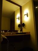 2011.04.10~11 柬埔寨&胡志明市:01-004-吳哥窟-皇宮渡假村-浴室.JPG
