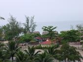 2011.04.04 柬埔寨-西哈努克:02-002-西哈努克白沙酒店餐廳隨拍.JPG
