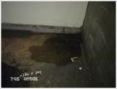 2012.12.24 房子貼磁磚 Part1:house-37.jpg