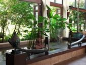 2011.04.10~11 柬埔寨&胡志明市:04-047-吳哥窟-皇宮渡假村-大廳.JPG