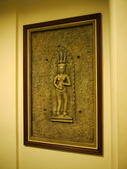 2011.04.10~11 柬埔寨&胡志明市:01-013-吳哥窟-皇宮渡假村-浮雕.JPG