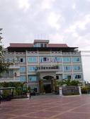 2011.04.04 柬埔寨-西哈努克:02-005-西哈努克白沙酒店大門口.JPG
