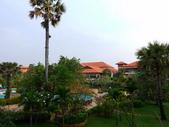 2011.04.10~11 柬埔寨&胡志明市:02-005-吳哥窟-皇宮渡假村-房間拍出去的景.JPG