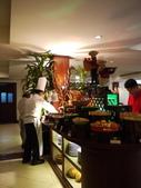 2011.04.10~11 柬埔寨&胡志明市:03-007-吳哥窟-皇宮渡假村-早餐.JPG