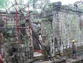 2011.04.09 in柬埔寨-吳哥窟:01-018-吳哥窟-塔普倫寺-修復中.JPG