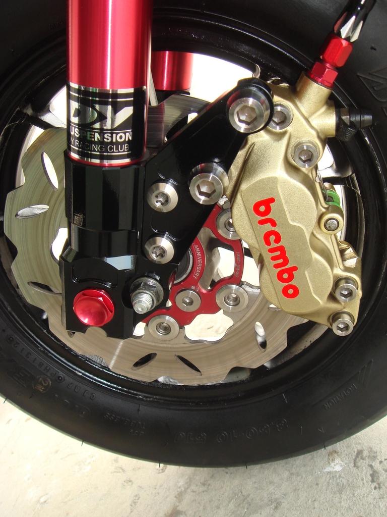 鈦合金機車螺絲:鈦合金機車卡鉗螺絲+蝶盤螺絲-2.JPG