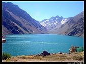 南極31天行紀實旅照先挑選供欣賞相簿:智利與阿根廷邊境的安地斯山脈高山湖