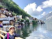 歐洲渡假式自助之旅-1_奧地利哈爾斯塔特炫麗的街道住屋湖景:20190715_223946-3669354.jpg