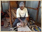 4.東非獵奇行-肯亞-納庫魯湖國家公園:DSC09274肯亞_往納庫魯湖國家公園LAKE NAKURU NATIONAL PARK途中休