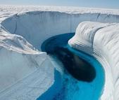 世界上最迷人的50個地方,你去過嗎?來看看!:格陵蘭的冰峽谷.jpg
