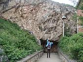 科索夫_普里什蒂那PRISHTINA _大理石鐘乳石洞:DSC03543科索沃_大理石鐘乳石洞Marle Cav1969年發現_出口處.JPG