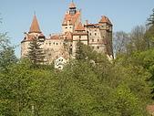 羅馬尼亞_布拉索夫_布朗城堡-吸血鬼的故鄉 :DSC03006羅馬尼亞_往希奈亞途中再回視布朗城堡景緻.jpg