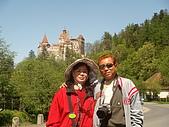 羅馬尼亞_布拉索夫_布朗城堡-吸血鬼的故鄉 :DSC03008羅馬尼亞_往希奈亞途中再回視布朗城堡景緻.JPG