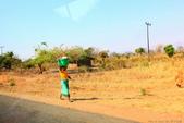 南部非洲32天探索之旅-馬拉威MALAW 6-5-5里旺國家公園狩獵巡禮:IMG_1859往里旺國家公園沿途景緻.JPG