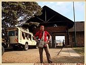 2.東非獵奇行-肯亞-馬賽馬拉動物保護區:DSC09026肯亞_馬賽馬拉動物保護區 MASAI MARA入口處.jpg