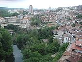 保加利亞_維利克塔爾諾波VELIKO TARNOVO古城:DSC03197保加利亞_維利克塔爾諾波古城Bolyarski飯店後陽台前及